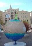 Le Cool globe du Petit Prince en orbite à Marseille