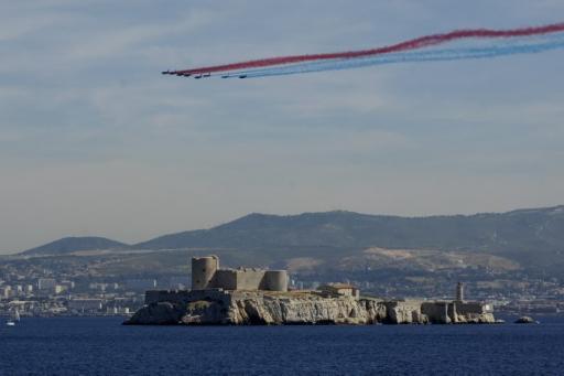 Cérémonie navale et aérienne dans la cité phocéenne