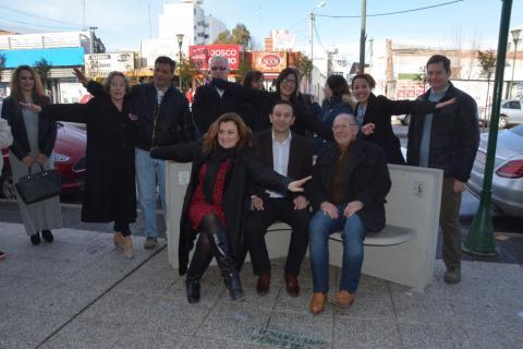 Inauguration d'un Banc de la Liberté en Argentine